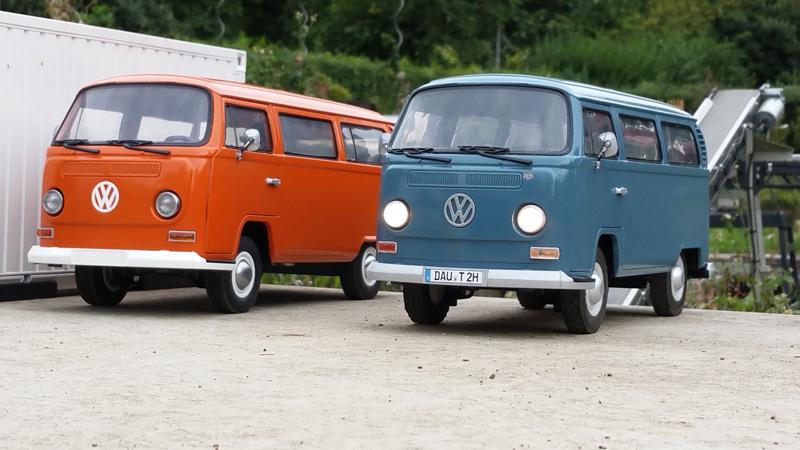 Zwei mal VW T2
